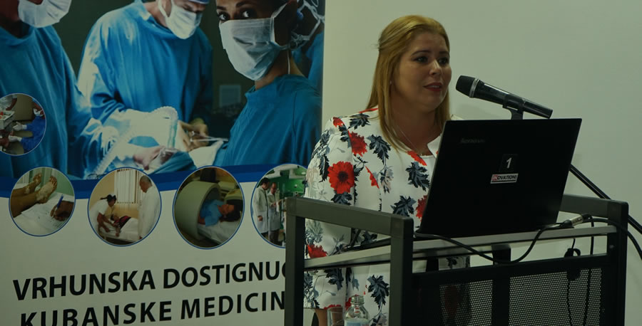 dr-anabeli-estavez-garcia.jpg